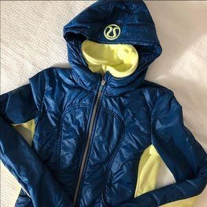 Lululemon turquoise blue Jacket, Zip out lining